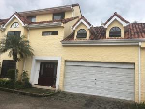 Casa En Ventaen San Rafael Escazu, Escazu, Costa Rica, CR RAH: 19-1299
