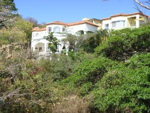 Apartamento En Alquileren Altos Paloma, Escazu, Costa Rica, CR RAH: 19-1377