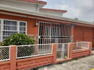 Casa En Ventaen Heredia Centro, Heredia, Costa Rica, CR RAH: 19-1399