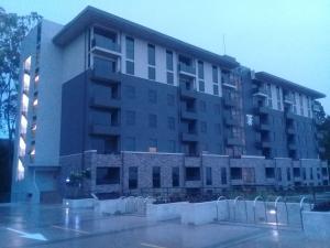 Apartamento En Ventaen Granadilla, Curridabat, Costa Rica, CR RAH: 19-1381