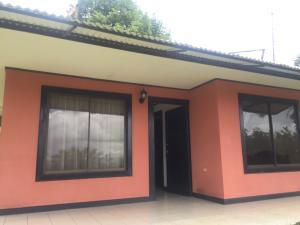 Casa En Alquileren Ciudad Colon, Mora, Costa Rica, CR RAH: 19-1404