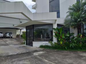 Apartamento En Alquileren San Pedro, San Jose, Costa Rica, CR RAH: 19-1390