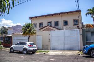 Casa En Ventaen San Jose, San Jose, Costa Rica, CR RAH: 19-1394