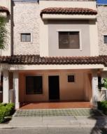 Casa En Ventaen Rio Oro, Santa Ana, Costa Rica, CR RAH: 19-1398