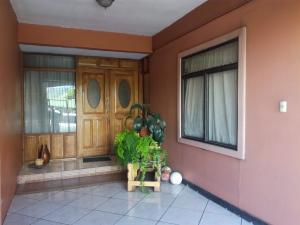 Casa En Ventaen Paraiso, Paraiso, Costa Rica, CR RAH: 19-1406