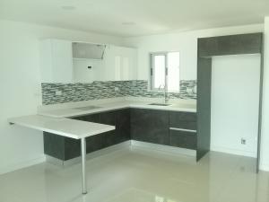 Apartamento En Ventaen Sabanilla, Montes De Oca, Costa Rica, CR RAH: 19-1410