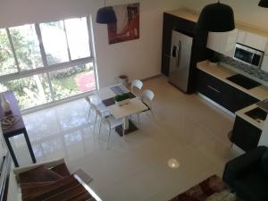 Apartamento En Ventaen Sabanilla, Montes De Oca, Costa Rica, CR RAH: 19-1411