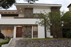 Casa En Ventaen Santa Ana, Santa Ana, Costa Rica, CR RAH: 19-1475