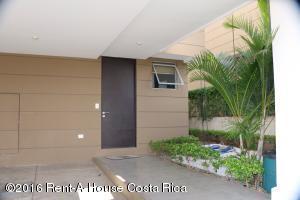 Casa En Ventaen Santa Ana, Santa Ana, Costa Rica, CR RAH: 19-1494