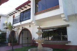 Casa En Ventaen San Rafael Escazu, Escazu, Costa Rica, CR RAH: 19-1588