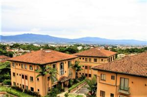 Apartamento En Alquileren San Rafael Escazu, Escazu, Costa Rica, CR RAH: 19-1606