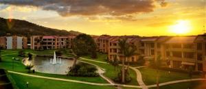 Apartamento En Alquileren Rio Oro, Santa Ana, Costa Rica, CR RAH: 19-1640