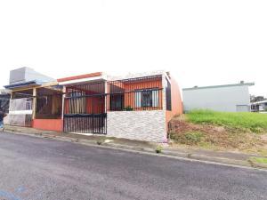 Casa En Ventaen San Antonio, Vazquez De Coronado, Costa Rica, CR RAH: 19-1652
