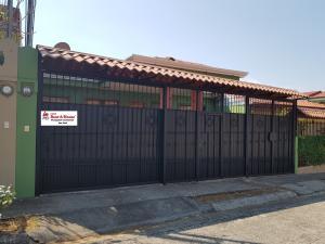 Casa En Ventaen Alajuela Centro, Alajuela, Costa Rica, CR RAH: 19-1655