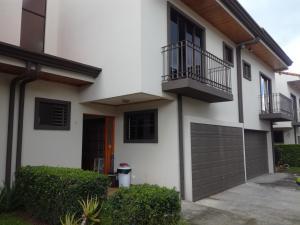 Casa En Ventaen Granadilla, Curridabat, Costa Rica, CR RAH: 19-1659