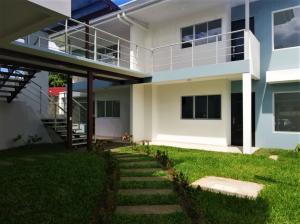Apartamento En Ventaen Pozos, Santa Ana, Costa Rica, CR RAH: 19-1664