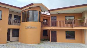 Apartamento En Alquileren Guadalupe, Goicoechea, Costa Rica, CR RAH: 19-1677