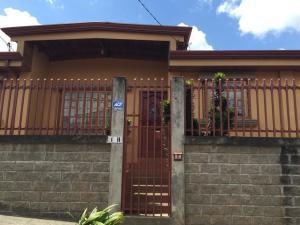 Casa En Ventaen Tres Rios, Cartago, Costa Rica, CR RAH: 19-1709