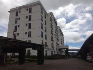 Apartamento En Alquileren Granadilla, Curridabat, Costa Rica, CR RAH: 20-15
