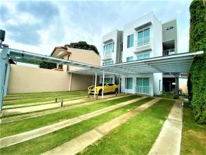 Apartamento En Alquileren Pozos, Santa Ana, Costa Rica, CR RAH: 20-51