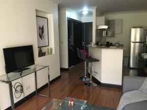 Apartamento En Alquileren Rio Oro, Santa Ana, Costa Rica, CR RAH: 20-54