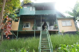 Casa En Ventaen Santa Ana, Santa Ana, Costa Rica, CR RAH: 20-96