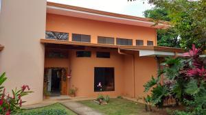 Casa En Alquileren La Guacima, Alajuela, Costa Rica, CR RAH: 20-103