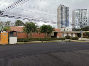 Casa En Ventaen Curridabat, Curridabat, Costa Rica, CR RAH: 20-109