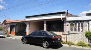 Casa En Ventaen San Rafael De Alajuela, Alajuela, Costa Rica, CR RAH: 20-137