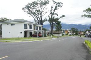 Apartamento En Ventaen Ulloa, Heredia, Costa Rica, CR RAH: 20-162