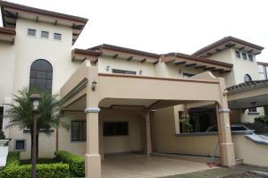 Casa En Ventaen Belen, Belen, Costa Rica, CR RAH: 20-164