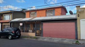 Casa En Ventaen San Antonio, Desamparados, Costa Rica, CR RAH: 20-165