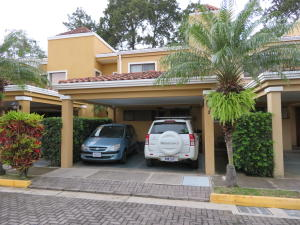 Casa En Ventaen Ciudad Cariari, Heredia, Costa Rica, CR RAH: 20-167
