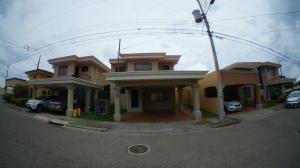 Casa En Ventaen La Guacima, Alajuela, Costa Rica, CR RAH: 20-170