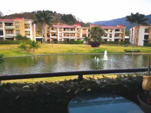 Apartamento En Alquileren Rio Oro, Santa Ana, Costa Rica, CR RAH: 20-196