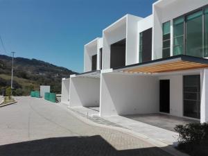 Casa En Ventaen San Antonio, Escazu, Costa Rica, CR RAH: 20-206