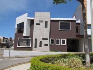 Apartamento En Ventaen San Francisco De Heredia, Heredia, Costa Rica, CR RAH: 20-228