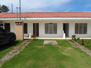 Casa En Ventaen Jaco, Puntarenas, Costa Rica, CR RAH: 20-238
