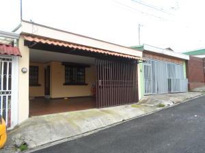 Casa En Ventaen Sabanilla, Montes De Oca, Costa Rica, CR RAH: 20-243