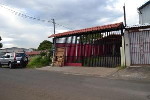 Casa En Ventaen Desamparados, Alajuela, Costa Rica, CR RAH: 20-255