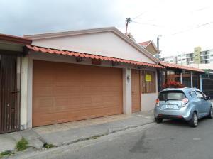Casa En Ventaen San Sebastian, San Jose, Costa Rica, CR RAH: 20-261