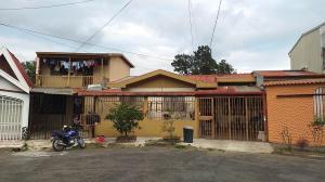 Casa En Ventaen San Antonio, Desamparados, Costa Rica, CR RAH: 20-263