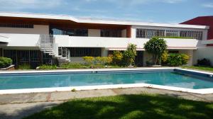 Casa En Alquileren San Jose, San Jose, Costa Rica, CR RAH: 20-277