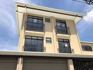Apartamento En Alquileren Rohrmoser, San Jose, Costa Rica, CR RAH: 20-288