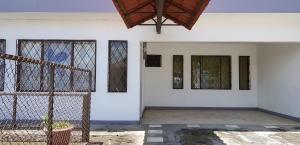 Oficina En Ventaen Alajuela Centro, Alajuela, Costa Rica, CR RAH: 20-315