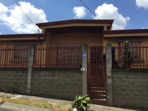 Casa En Ventaen Tres Rios, Curridabat, Costa Rica, CR RAH: 20-330