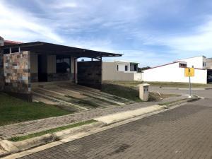 Casa En Ventaen El Coyol, Alajuela, Costa Rica, CR RAH: 20-347