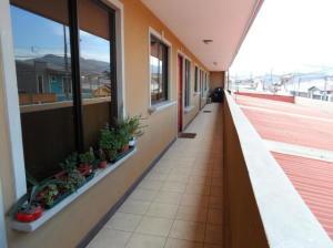 Apartamento En Alquileren Concepcion, Curridabat, Costa Rica, CR RAH: 20-379