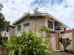 Apartamento En Alquileren Sabanilla, Montes De Oca, Costa Rica, CR RAH: 20-380