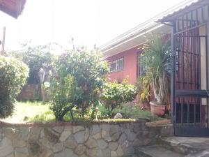 Casa En Ventaen San Juan, Tibas, Costa Rica, CR RAH: 20-402